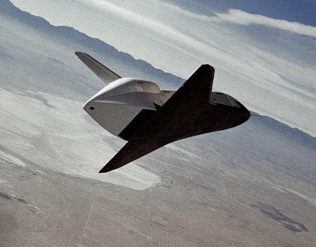 Shuttle Enterprise free flight. Source: NASA.